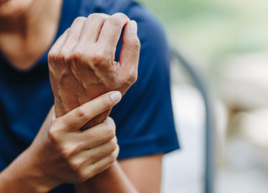 This image depicts a person suffering from arthritis. According to the Centers for Disease Control and Prevention, over 55 million adults in the US have been diagnosed with arthritis.